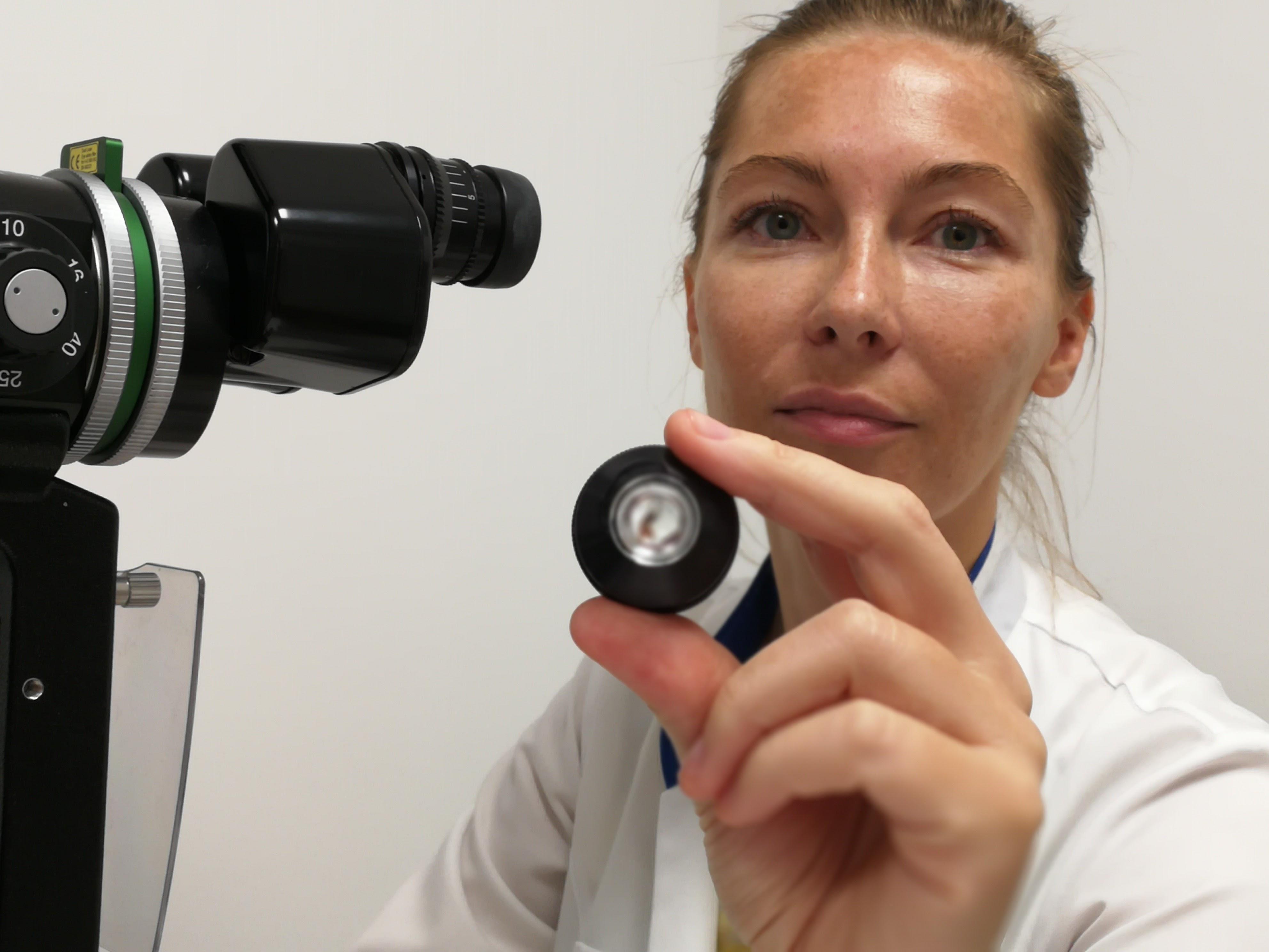 dr Edyta Czapczyńska- laseroterapia